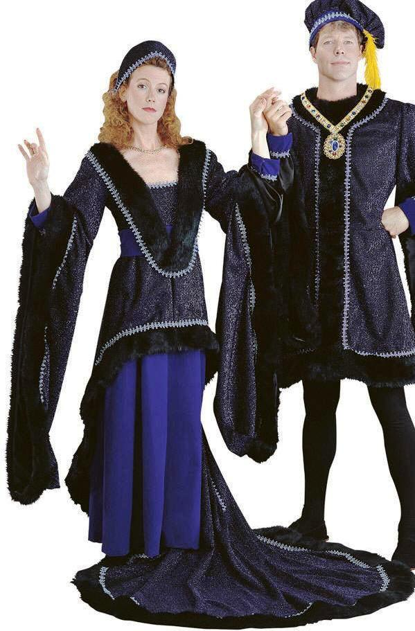 the features of renaissance clothing Renaissance-festivalscom presents the pulchritudinous and magnificent range of women's medieval clothing to make your renaissance  famine features,.