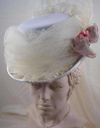 Offwhite Felt Victorian Riding Hat with Ivory Tulle 20bee16ea49